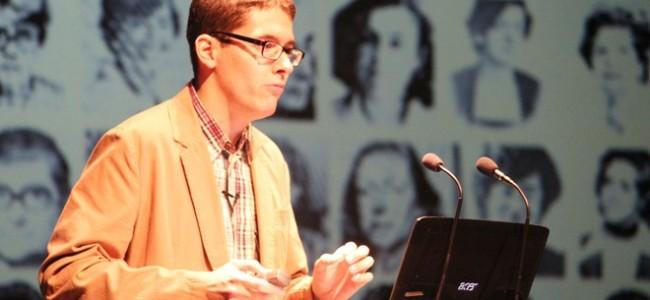 VIDEO Conferencia «El camino hacia la igualdad: ayer y hoy», de Rubén Castro